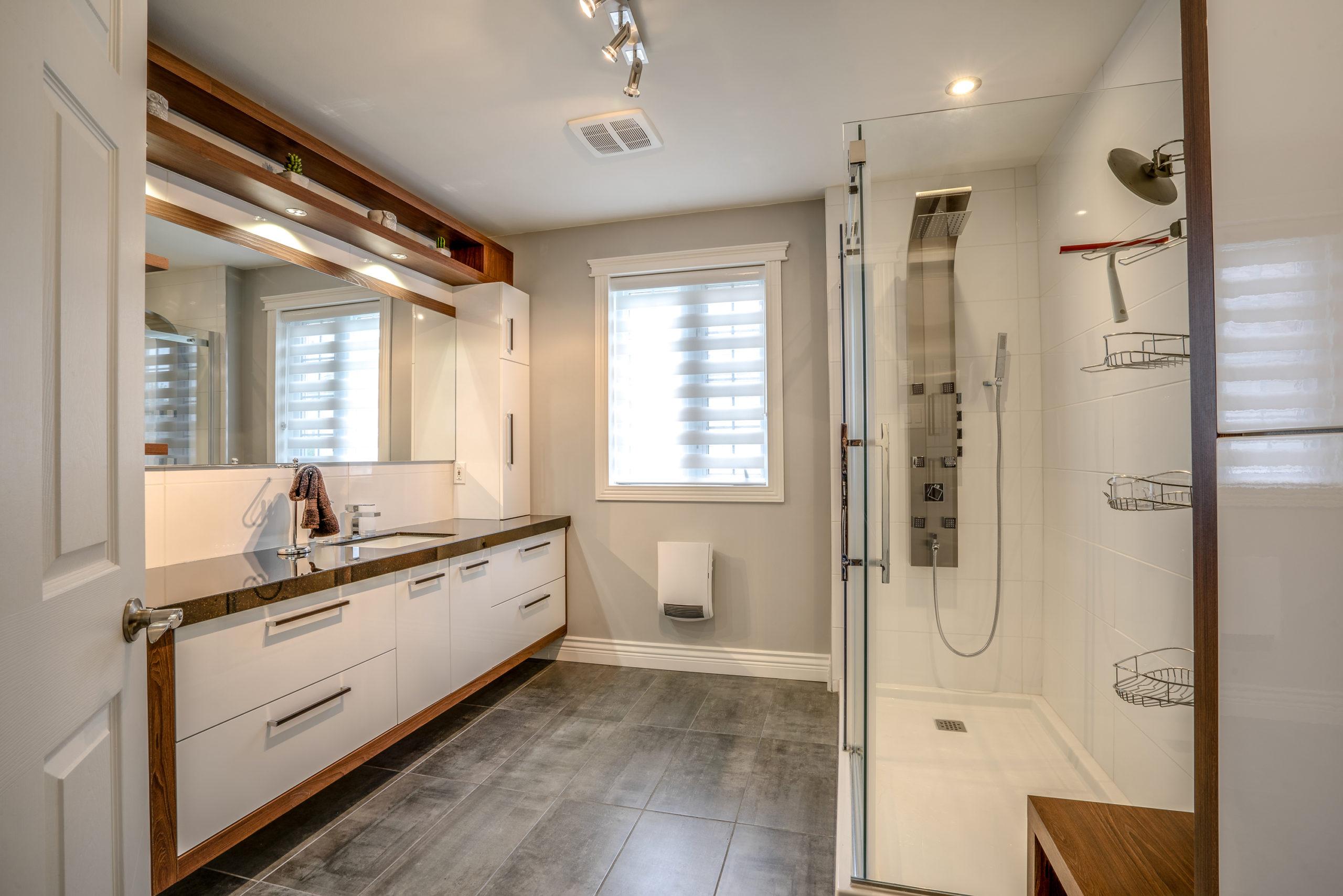 Salle de bain neuve